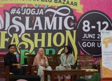 "Serunya ""Talkshow Inspiratif Enterpreneur Rihaal"" di Jogja Islamic Fashion Fair"